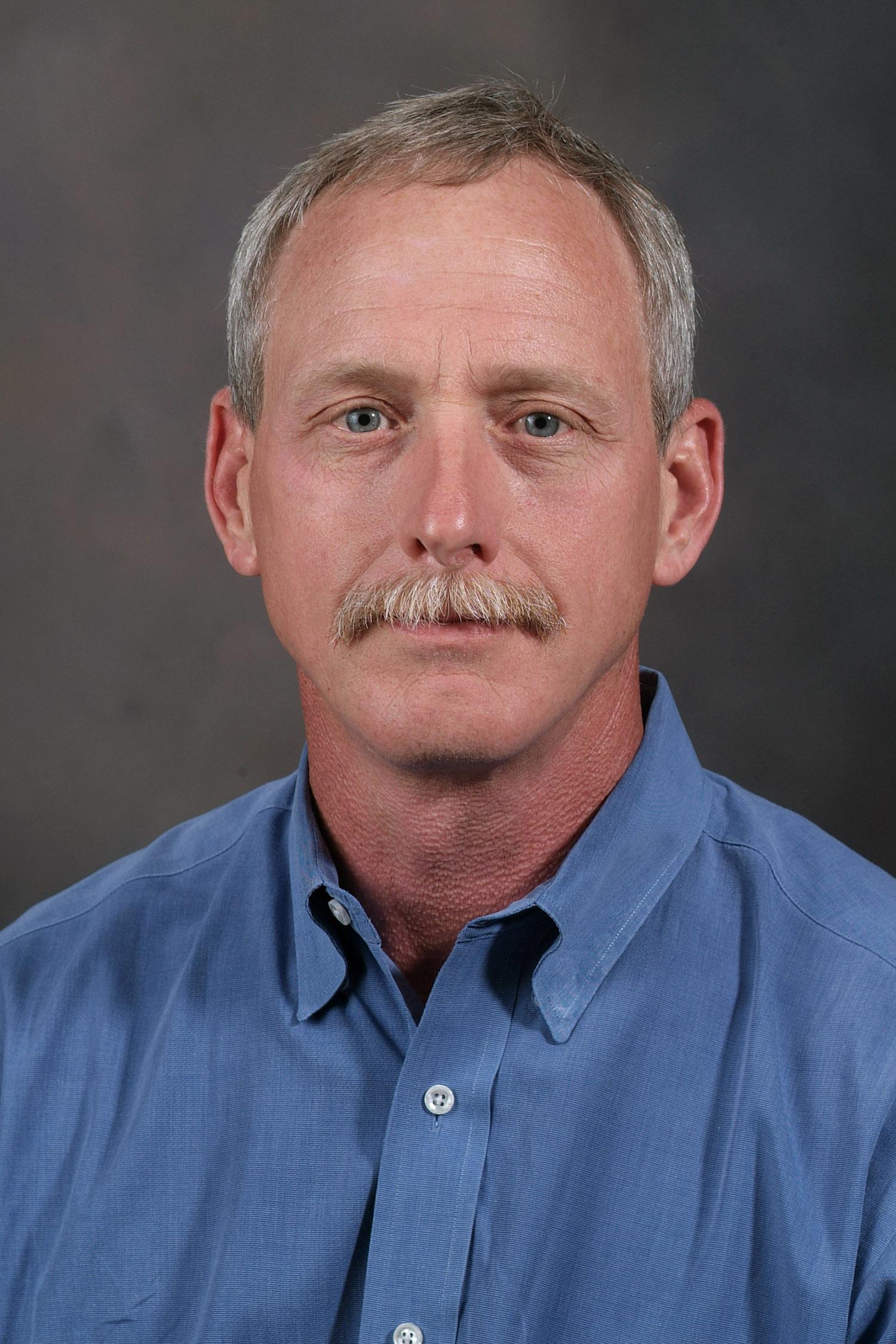 Dr. David Kerns